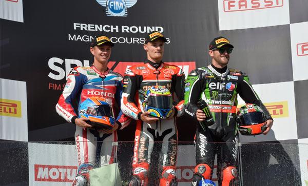 Superbike Magny-Cours, Gara 1: Grandi meriti per Chaz Davies