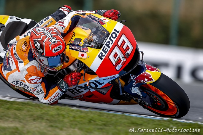 MotoGP Phillip Island, Warm Up: Marquez in vetta, riscatto Rossi
