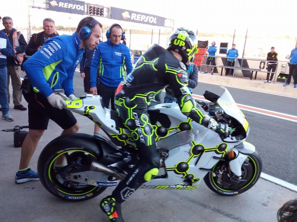 """MotoGP Test Valencia Day 1: Andrea Iannone, """"E' stato un buon inizio, sono contento"""""""