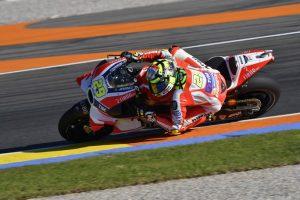 """MotoGP Valencia Day 1: Andrea Iannone, """"Pista dura per la moto e il fisico"""""""