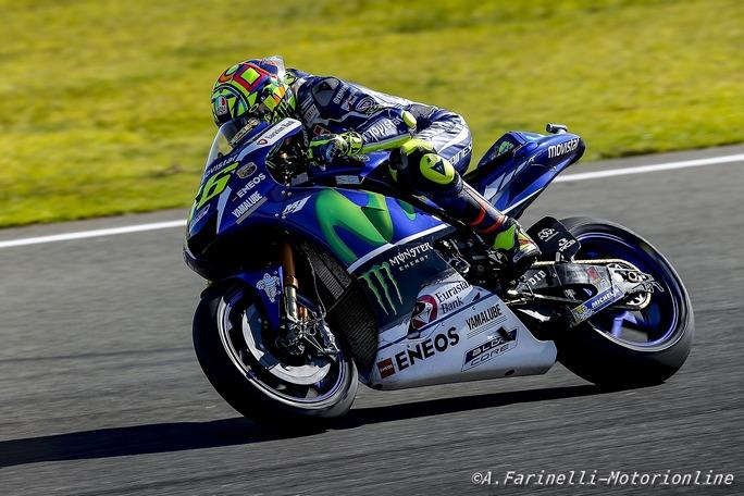 """MotoGP Test Valencia: Valentino Rossi """"Giornata positiva, abbiamo comparato motore e telaio nuovo con quelli del 2016"""""""