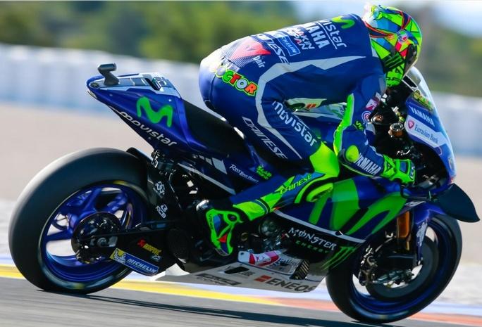 """MotoGP Test Valencia Day 1: Valentino Rossi, """"Mi aspettavo di più dal motore 2017"""""""