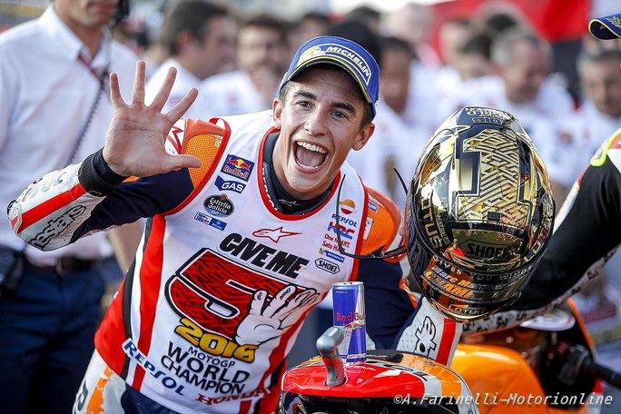 """MotoGP: Marc Marquez, """"A Rufea non ho cantato 'chi non salta è Valentino'"""