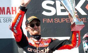 Superbike, Round Phillip Island, Gara 1: Davies manca la vittoria per un soffio