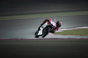 """MotoGP Test Qatar Day 1: Lorenzo, """"Su questa pista la Ducati va molto forte"""""""