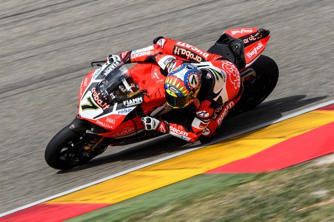 Superbike, Pirelli Aragon Round, Tissot-Superpole: Davies beffa Rea, Melandri è 4°