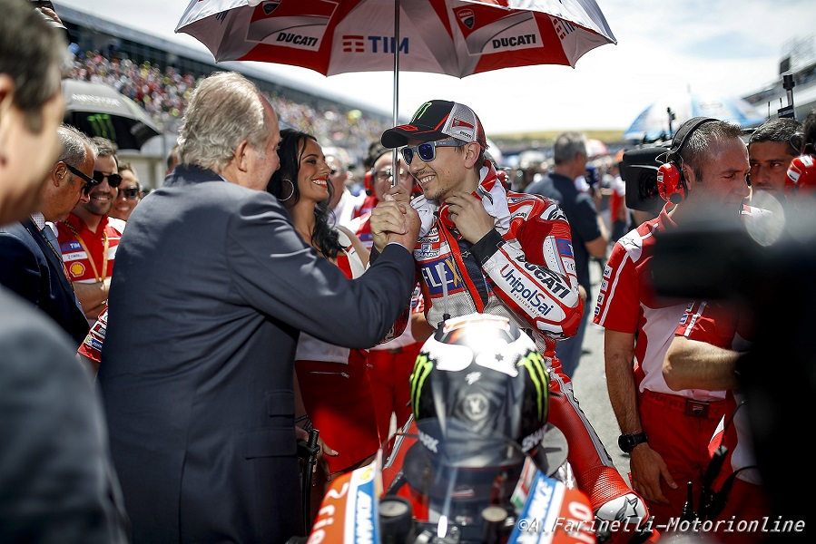 "MotoGP Le Mans: Lorenzo, ""Comincio a sentire la Desmosedici GP sempre più mia"""