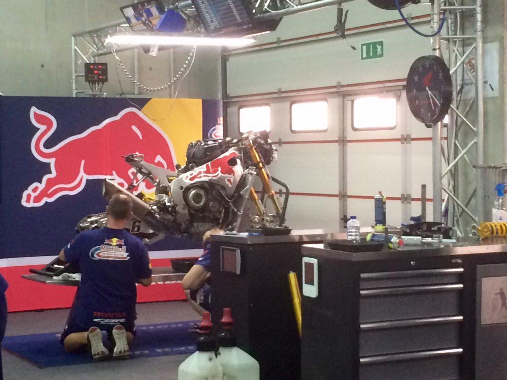 Superbike, Motul Italian Round, FP: giornata complicata per il Team Red Bull Honda