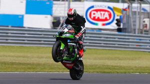 Superbike, Pata UK Round, Gara2: Rea festeggia la 100^ vittoria di Kawasaki