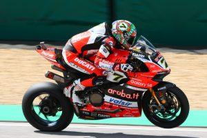 Superbike, Motul Italian Round, Warm Up: ancora Chaz Davies davanti a tutti