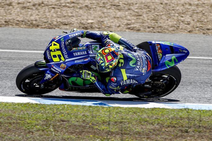 MotoGP Test Jerez: Valentino Rossi boccia il nuovo telaio ma promuove la nuova gomma Michelin