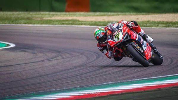Superbike, Pirelli Riviera di Rimini Round: gara in casa per Aruba Racing Ducati