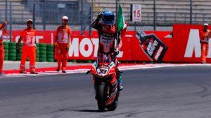 Superbike, Pirelli Riviera di Rimini Round, Gara2: Marco Melandri trionfa a Misano