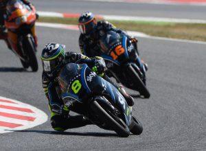 Moto3 Gara Barcellona, Migno e Bulega recuperano fino alla top 10