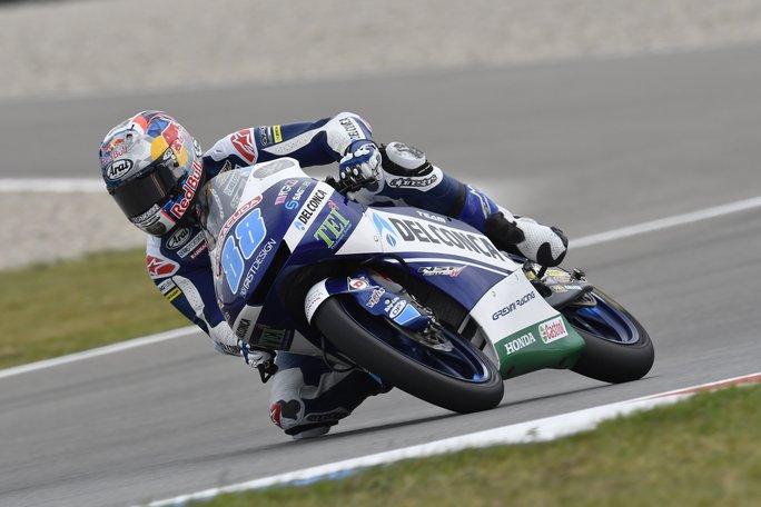 Moto3 Sachsenring, FP1: Martin davanti a Bulega
