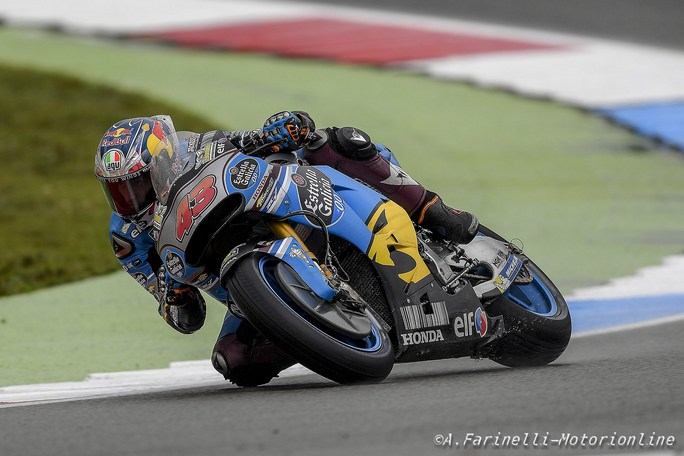 Gp Assen: Miller domina un warm up bagnato, Rossi 10°