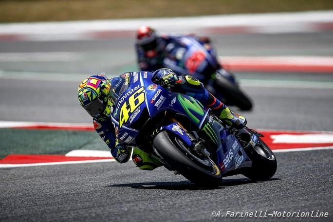 MotoGP, Test Barcellona: Marquez regola Vinales sul finale