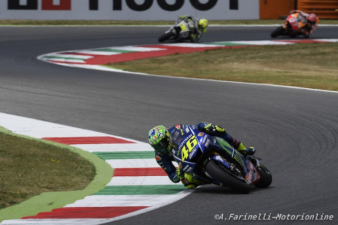 """MotoGP Barcellona: Valentino Rossi, """"Punto al podio"""""""