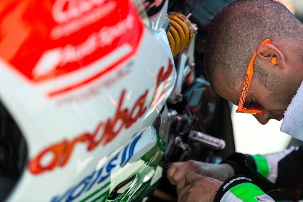 Superbike, Geico US Round, Gara2: problemi per Marco Melandri