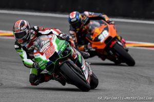 "MotoGP: Cal Crutchlow ""difende"" Sam Lowes"