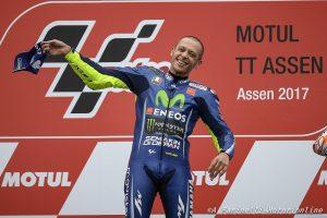 """Daniel Ricciardo elogia Valentino Rossi: """"E' una fonte di ispirazione"""""""