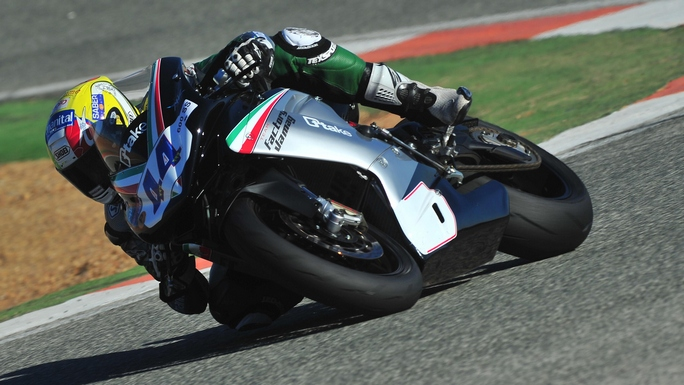 Supersport: Botta e risposta tra il Team Factory Vamag e Roberto Rolfo