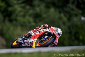 MotoGP Brno, FP3: Marquez davanti a Pedrosa e Rossi, Petrucci costretto alle Q1
