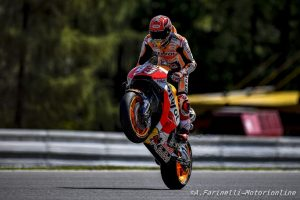 MotoGP Brno, Gara: Marquez domina, Rossi 4° in rimonta