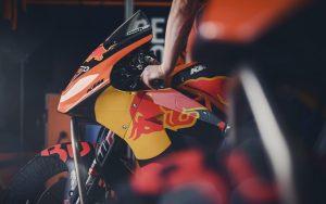 MotoGP: Tony Cairoli in pista a Valencia con la KTM
