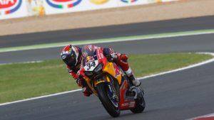 SBK  Pirelli Spanish Round: Davide Giugliano in pista con Honda
