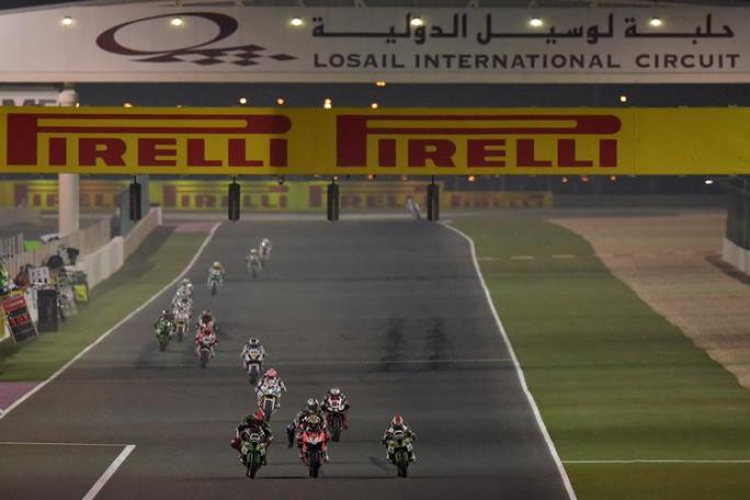 Superbike Qatar - Jonathan Rea vince e scrive la storia