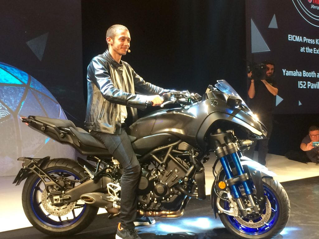 MotoGP: Yamaha Press Première, Valentino Rossi lancia la sfida al futuro