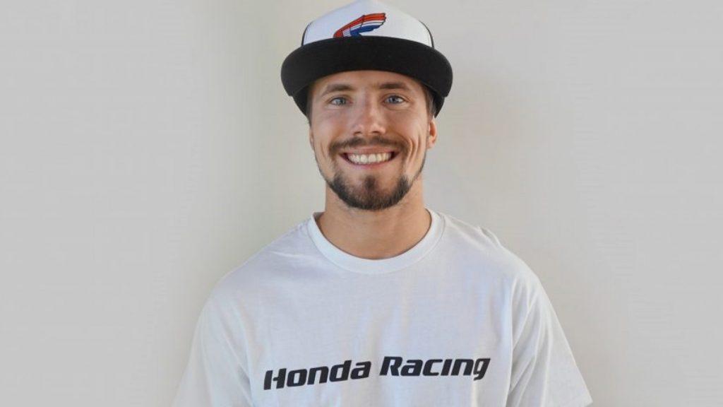 SBK| PJ Jacobsen firma con il team TripleM Honda