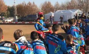 """MotoGP: Marc Marquez si diverte e """"rischia"""" allo Junior Camp kids"""
