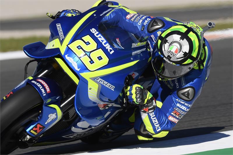 """MotoGP Valencia Day 1: Iannone, """"Possiamo stare con Marquez"""""""