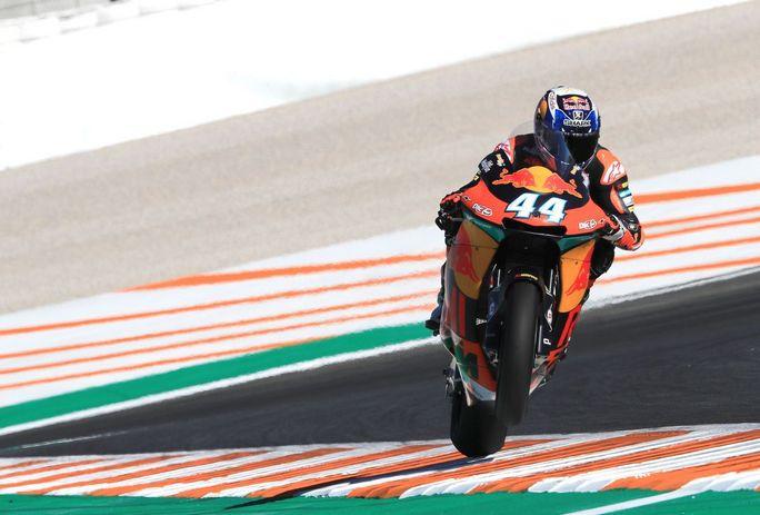 Moto2 Valencia Warm Up: Oliveira è il più veloce, bene Pasini e Morbidelli