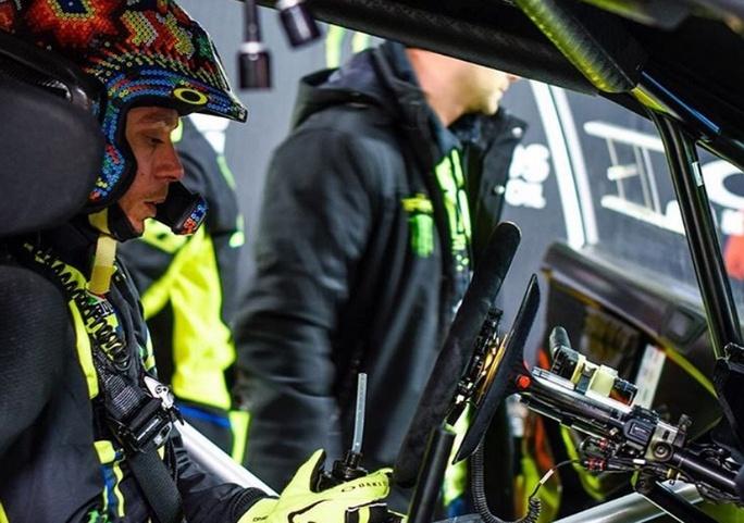 Monza Rally Show: Bagno di folla per Valentino Rossi