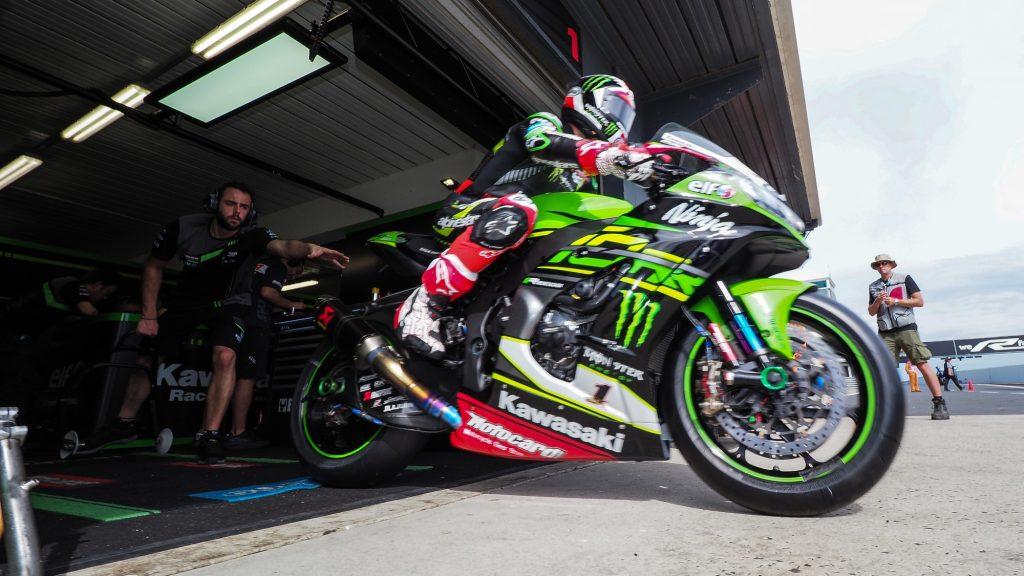 Superbike, Gp Australia: Melandri si aggiudica anche gara-2 a Phillip Island