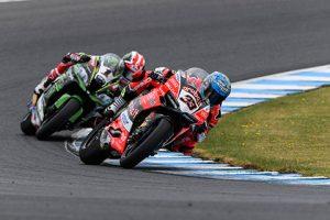 Superbike| Yamaha Finance Australian Round, Gara2: doppietta di Melandri al photofinish