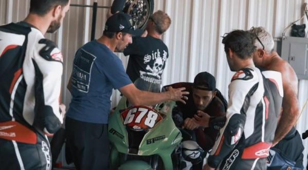 MotoGP | Hamilton a lezione da Crutchlow [Video]