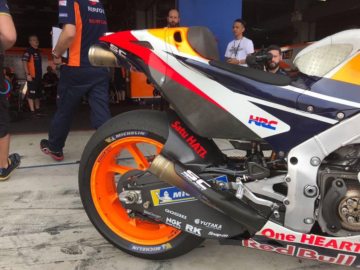 Forcellone in carbonio per la Honda MotoGP