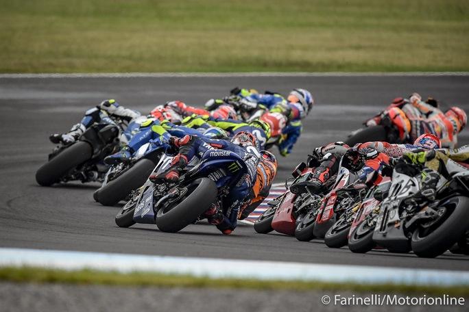 MotoGP | Aleix Espargarò scatenato, su Twitter ne ha per tutti, anche per Simeon