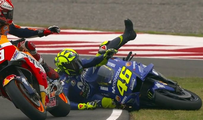 Marquez stende Valentino Rossi