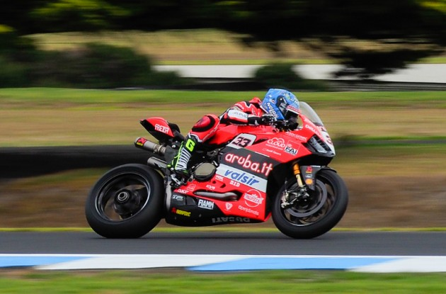 SBK | Test Brno: brutta caduta per Marco Melandri