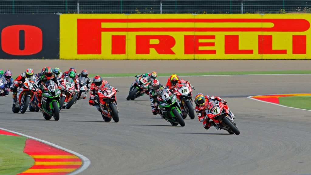 Superbike | Pirelli scende in pista come main sponsor