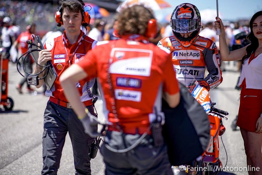 MotoGp: Crutchlow davanti a Pedrosa nelle seconde prove libere