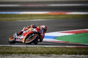 MotoGP | Gp Assen FP4: Marquez beffa Iannone, Rossi a terra, poi chiude undicesimo