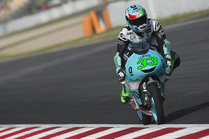 Moto3 | Gp Barcellona Gara: Capolavoro Bastianini, Bezzecchi secondo allunga in classifica