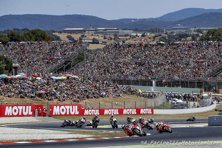 MotoGp, Catalogna: pole per Lorenzo, poi Marquez e Dovizioso