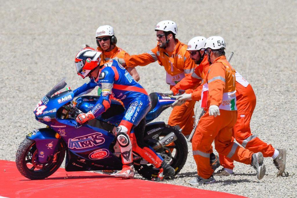 """Moto2   GP Mugello Gara: Pasini, """"Sono molto amareggiato"""""""